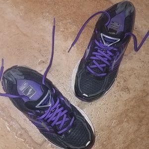 Brooks Adrenaline GTS 14 Sneakers